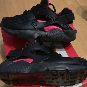 NEVER WORN Nike